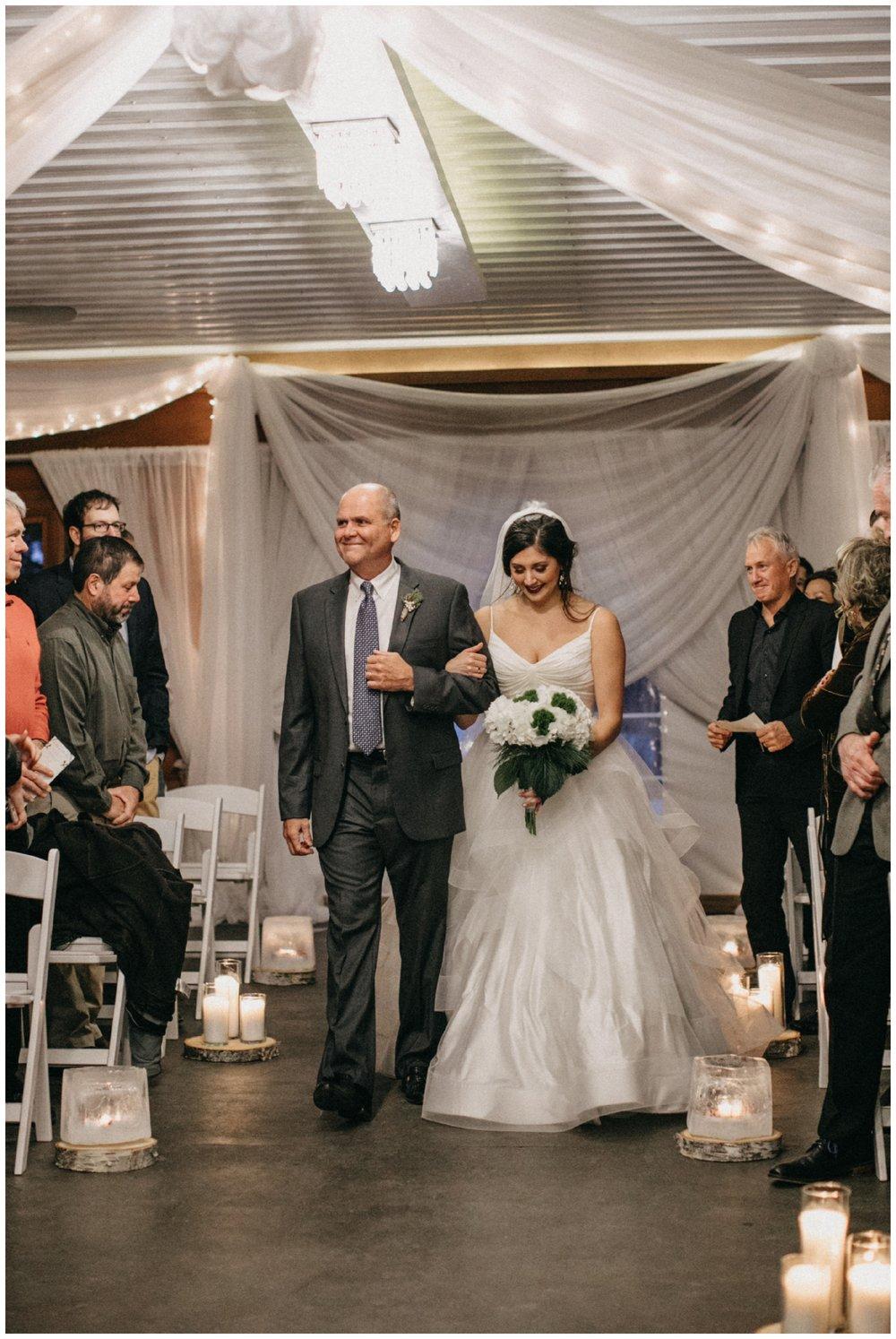 pine-peaks-winter-wedding-65.jpg