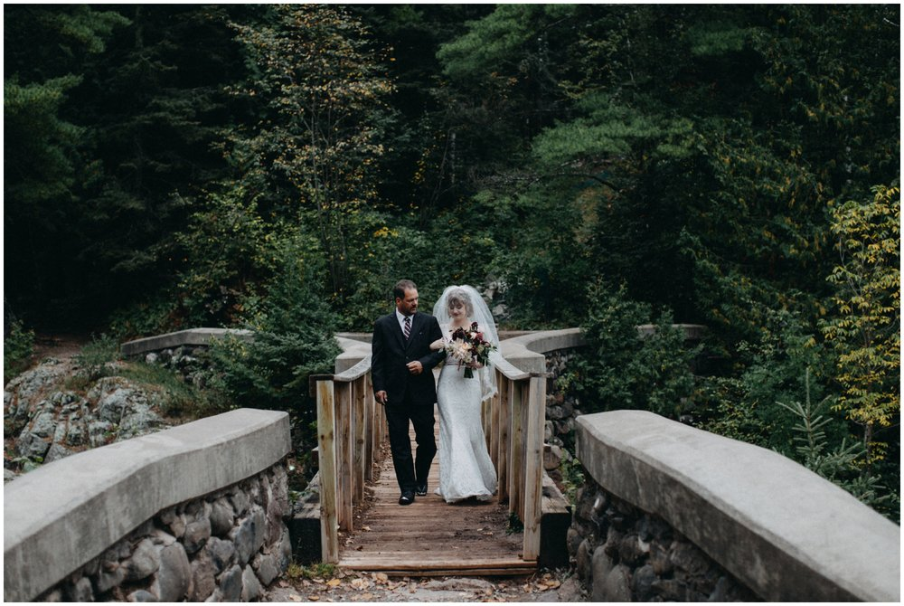 Romantic forest wedding in Duluth Minnesota