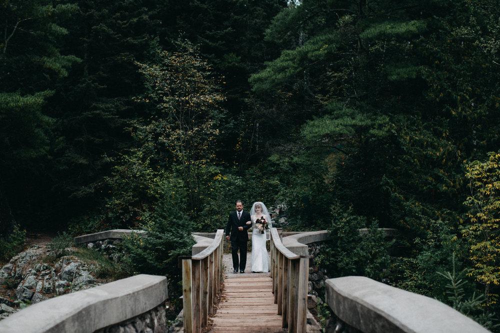 Intimate destination wedding in Duluth Minnesota by Britt DeZeeuw