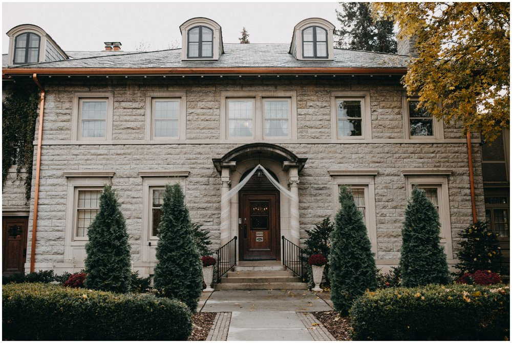 Fall wedding at the St Paul College Club photographed by Britt DeZeeuw