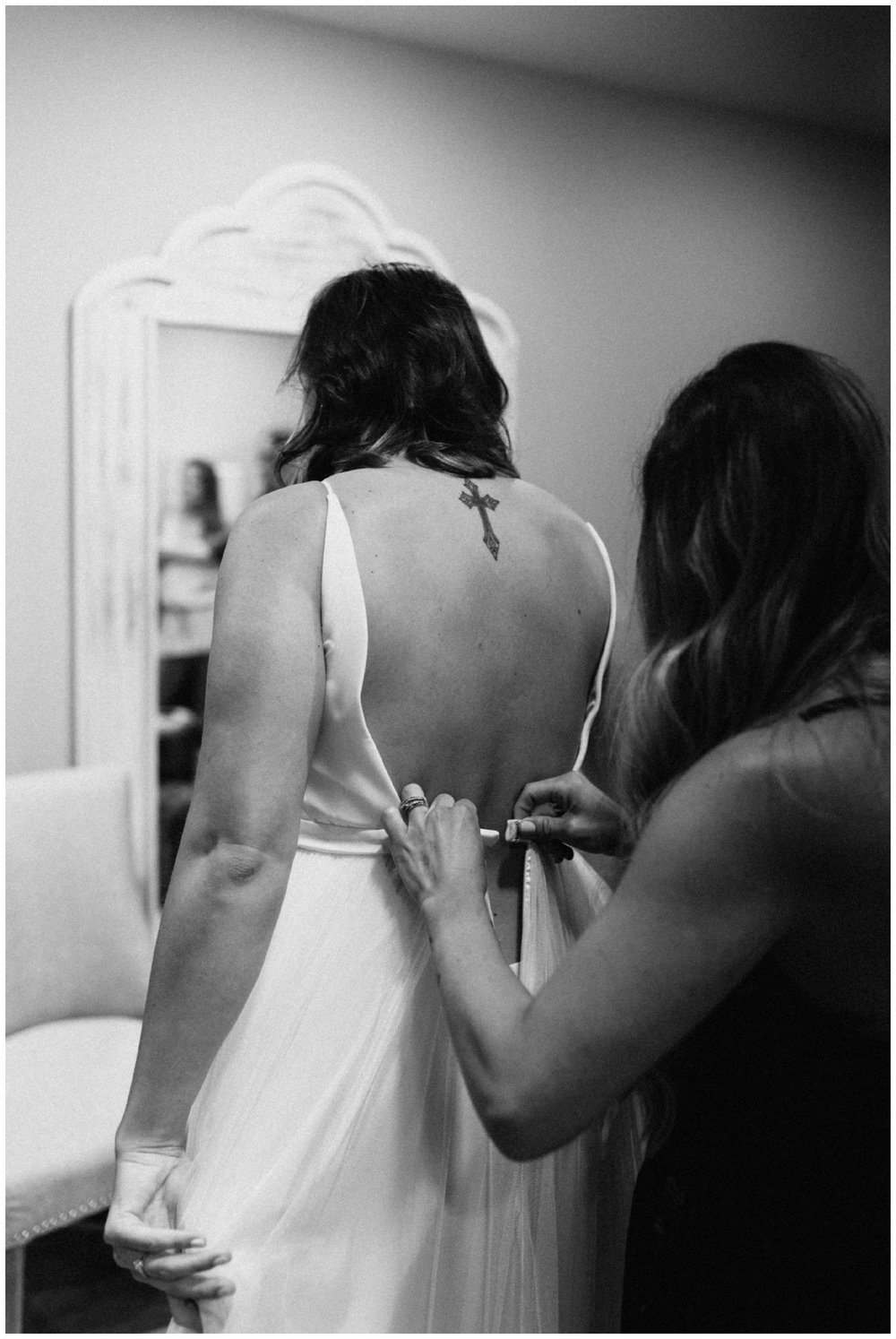 Documentary wedding photography at 7 vines winery