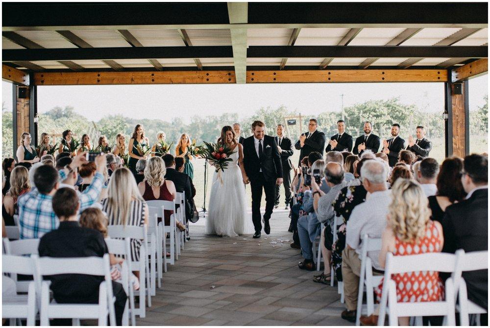 vineyard-wedding-minnesota_0006.jpg