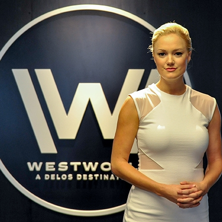 Westworld-NYCC-photo-by-Kendall-Whitehouse-1024x440.jpg