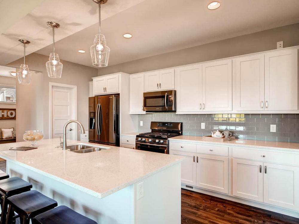 20071 Heath Ave Lakeville MN-MLS_Size-008-13-Kitchen-1024x768-72dpi.jpg