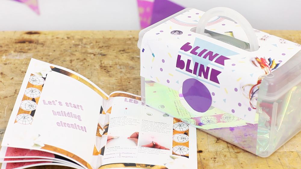 blink blink Possibilities Kit & Creative Circuit Booklet
