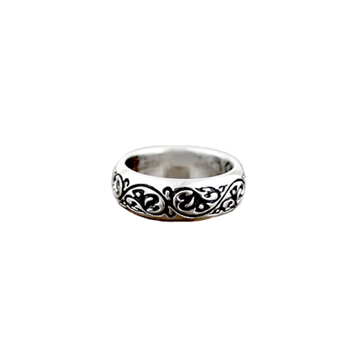 Black lace Ring1.jpg