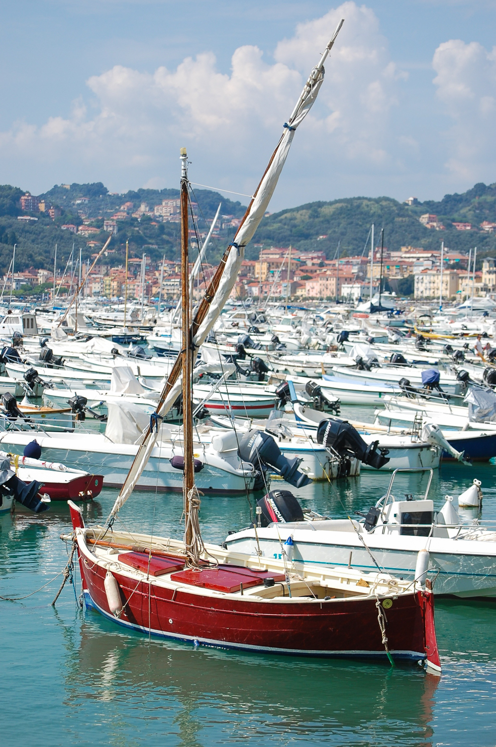 Lerici_harbor.jpg