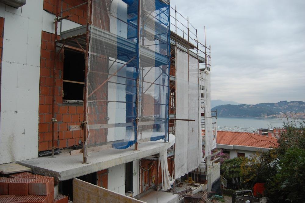Construction 4.jpg
