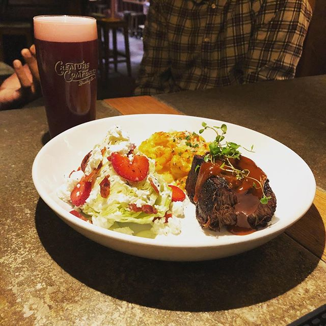 Don't miss this celebration of @creaturecomfortsbeer's 5 Year Anniversary! BBQ feature and Blackberry Paradiso, Gaucho de la Playa, Athens to Athens, 5 Year Anniversary Ale, Fauxjolais 2018 starting at 5 PM. 🔥🔥🔥 #bbq #gabeer #supportlocal #craftbeer 