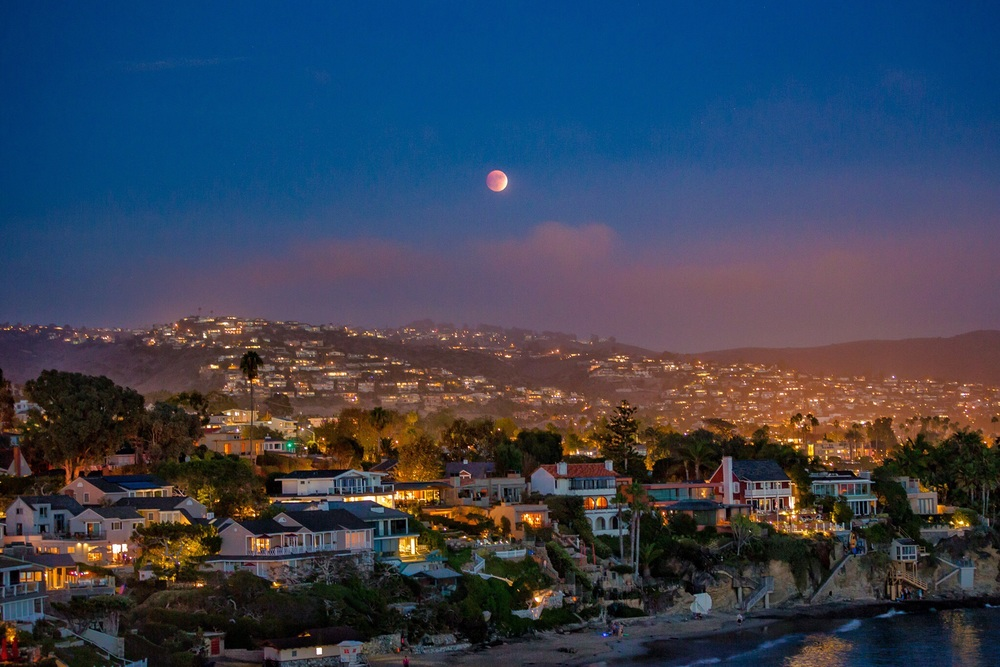 The super moon eclipse rising over Laguna Beach, CA.