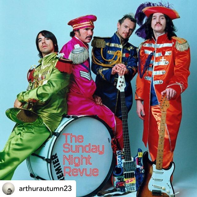 The Sunday Night Revue @ Lost Property in Hollywood, Ca this Sunday Night! Celebrating the Music of the @chilipeppers all night long! On the Revue this time round' the Splendid & Funky sounds of @johnnyvitulli @rayssapinkmusic @j.j.wolfofficial @theofficialsaintsid @devintait @arthurautumn23 @katers_harmony @eddietyclus @veronicapuleomusic @girlholmes Don't miss this one! TSNR. LP. RHCP. 03.24.19. 9PM. @lostpropertybar #losangeles #hollywood #lostproperty #hollywoodandvine #thesundaynightrevue #tsnr #musiccommunity #collective #artistssupportingartists #rockandroll #soul #country #blues #funk #punk #jazz #sgtpeppers #rhcp #losangelesevents #sundaynights #buildthings #makenoise #paintstuff #feelalive