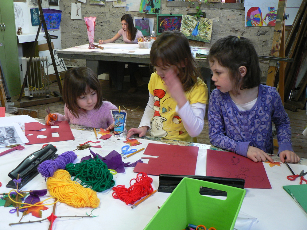 End-of-Year Scout Troop Art Parties at Kidcreate!