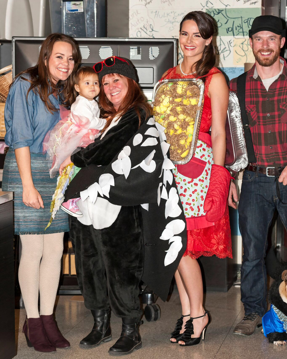 Here's a group photo of the MN Themed DIY Costume Crew Back Stage at the TCL Studio. Photos By: Glenn Griffin
