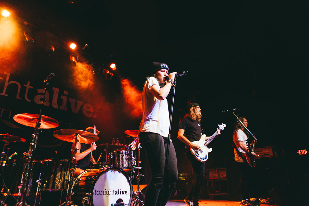 tonight alive-23.jpg
