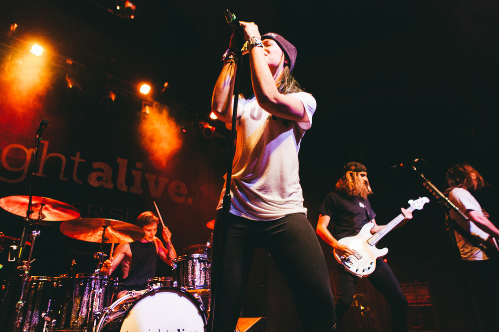 tonight alive-26.jpg