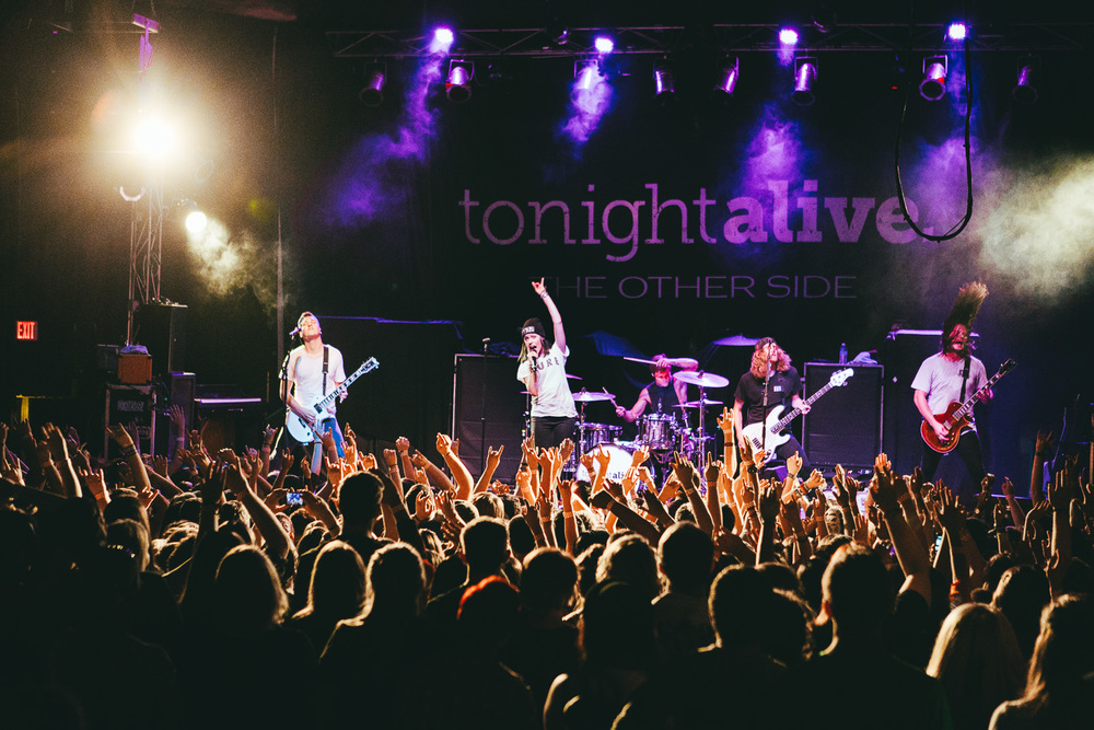 tonight alive-35.jpg