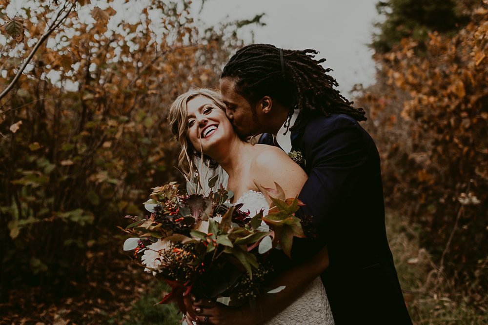 Beautifl fall wedding in Omaha, Nebraska