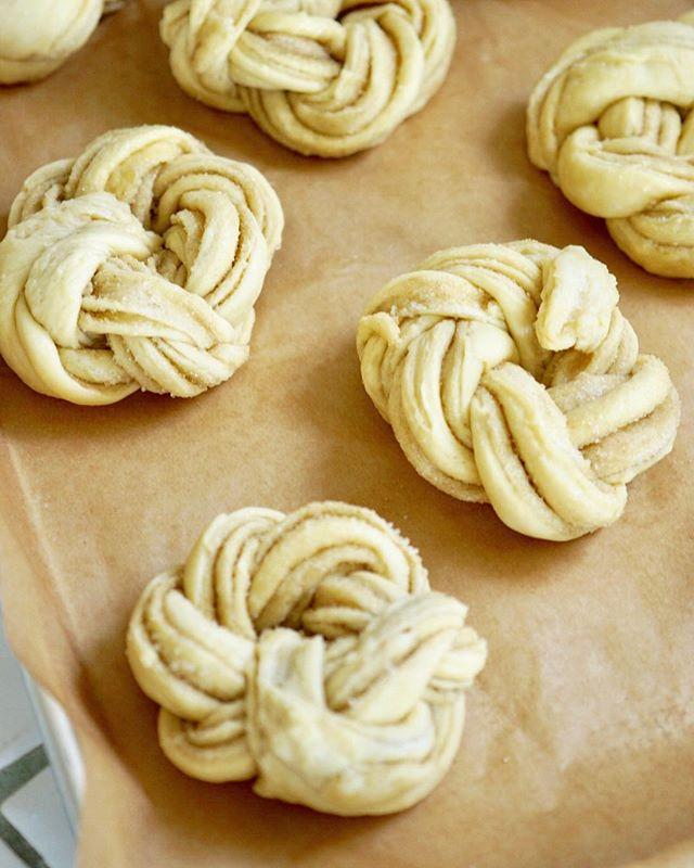 First attempt at making cardamom twists this morning 🙌🏼 . .  #food #feedfeed #f52grams #eeeeeats #baking