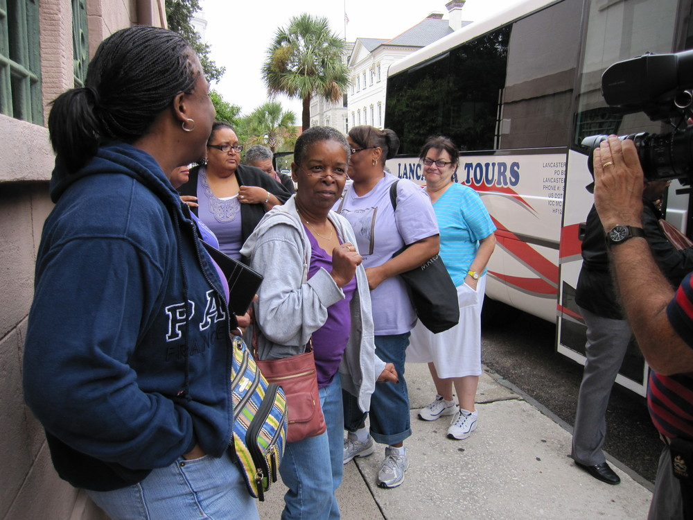 Bus Tour with Beverly Jenkins