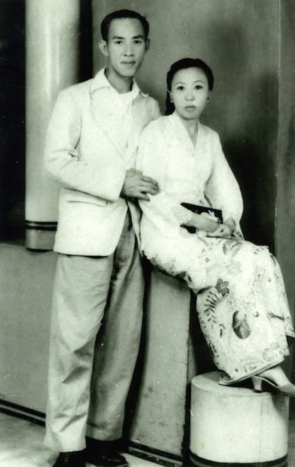 My Hokkien grandfather, Lim Chong Lay and my Nyonya grandmother Tan Im Neo.
