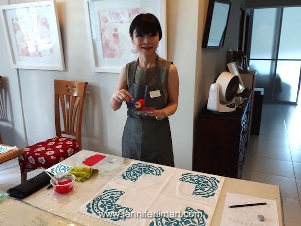 ws-singapore-jennifer-lim-art-printing-peranakan-chinese-new-year-170114-12-wm.jpg