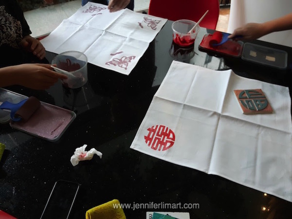ws-singapore-jennifer-lim-art-printing-peranakan-fabric-161128-12-wm.jpg