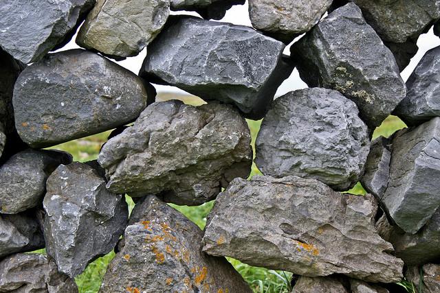 art-com-1710-fm-stone-walls-ireland-f-08.png