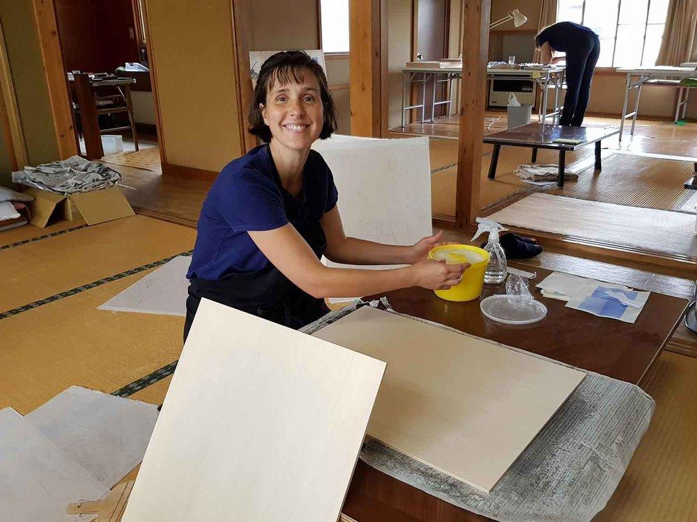 Artist Stella Ebnar in action