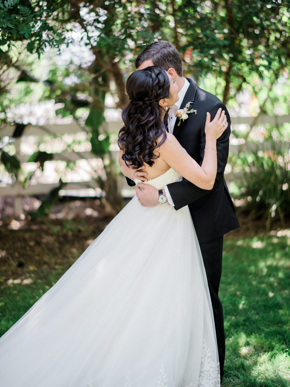 Romantic Garden Wedding in California | Style Me Pretty | Green Gables Estate | Classic Romantic bride wedding gown | First Look | Southern California Film photographer | Whiskers and Willow Photography