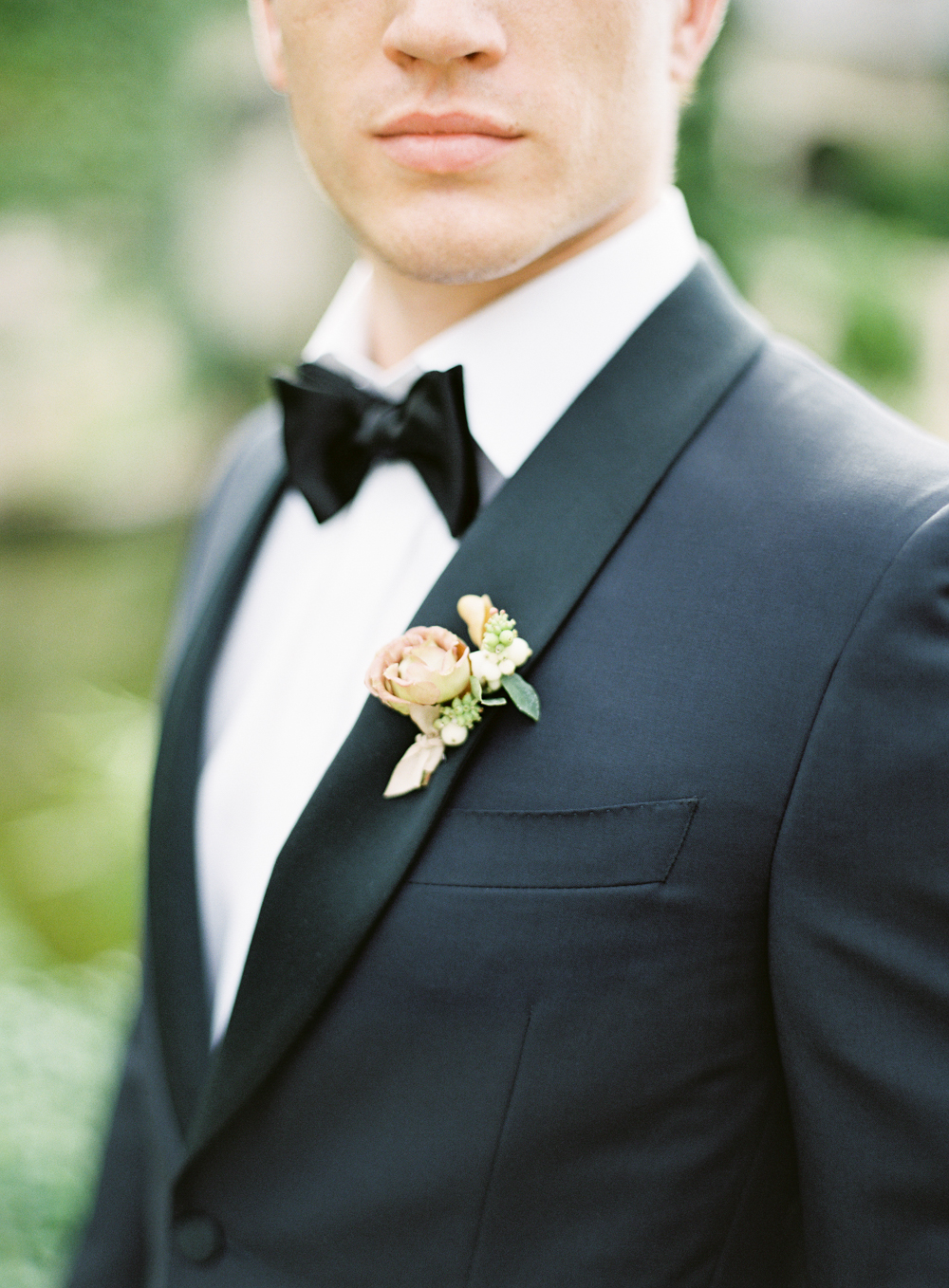 Luxury groom tux | Canali | Boutonniere by Plenty of Petals | Hidden Castle | Rancho Santa Fe | Estate Events with Venuelust | neutral wedding | European Wedding Inspiration | French wedding | France wedding photographer | Southern California film photographer | San Diego wedding photographer | Whiskers and Willow Photography