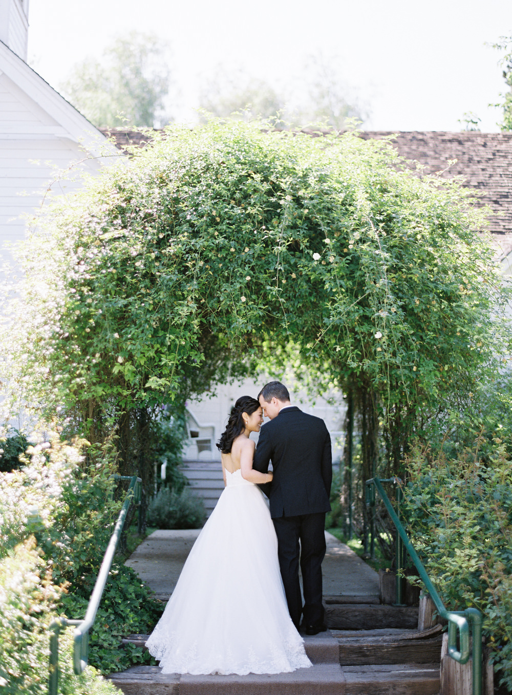RomanticGardenWedding_WhiskersandWillow_048.jpg