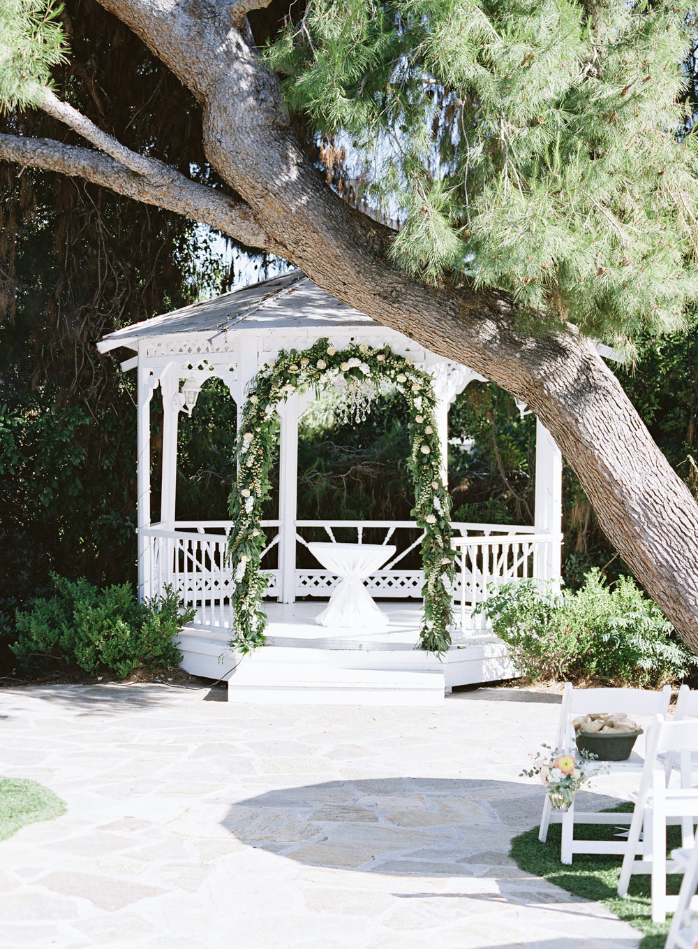 RomanticGardenWedding_WhiskersandWillow_061.jpg