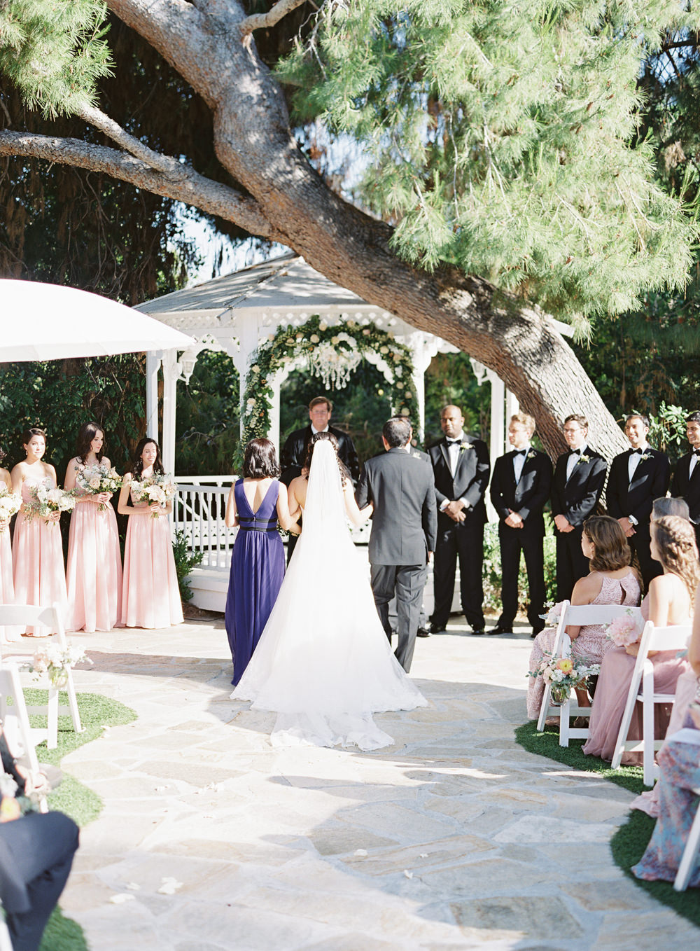 RomanticGardenWedding_WhiskersandWillow_074.jpg