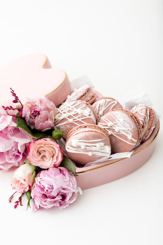 Pink Champagne Macarons 8.jpg