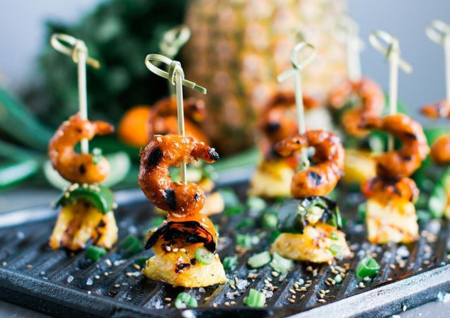 Check out our new recipe for grilled teriyaki skewers featuring New Wave Foods vegan shrimp! Just click on BLOG in the footer of Naturallyniko.com :) Thanks to amandamathson.co for collaborating on this photo shoot!