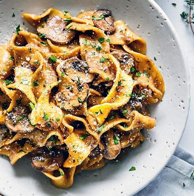 😛😛😛😛. That's all. 😂 #vegan #mushroom #stroganaff . . . 📸//@evergreenkitchen_