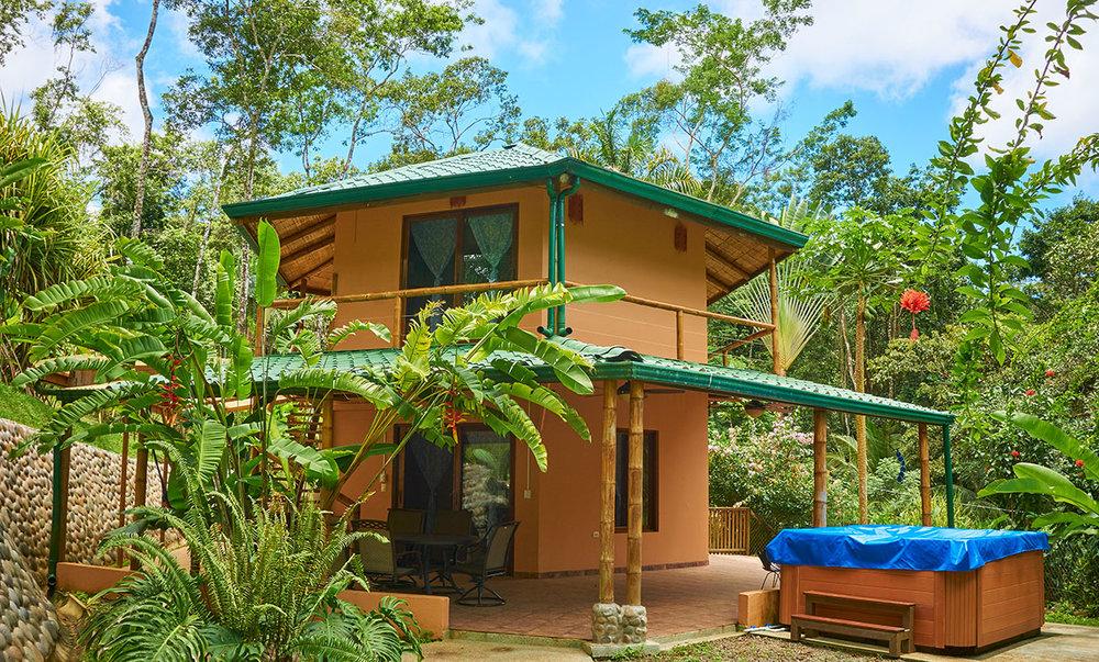 manoas-luxury-villas-casa-heliconia-3.jpg