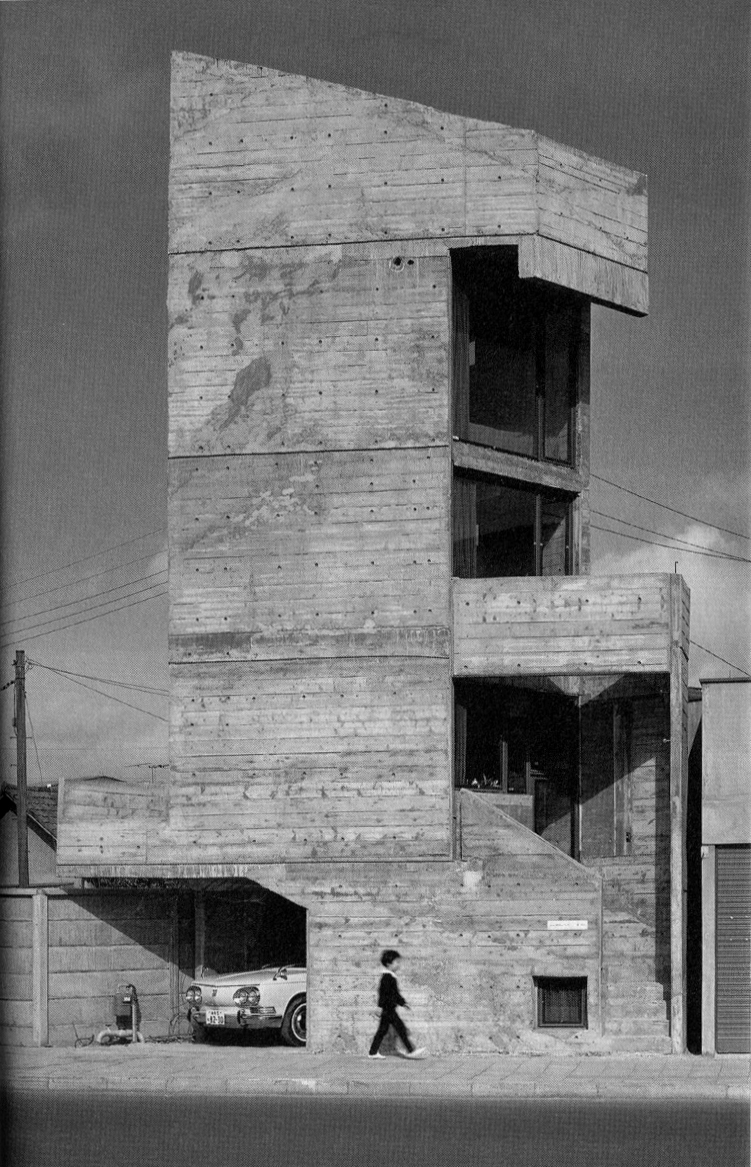 Tower-House-takamitsu-Azuma-11.jpg