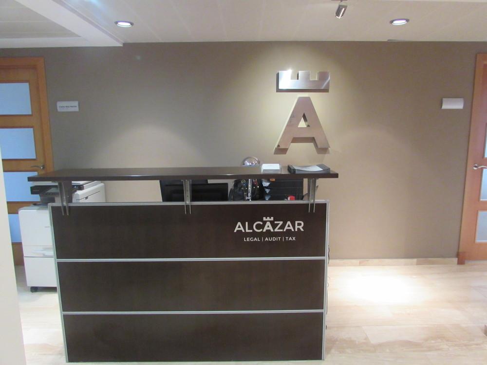 La oficina de alcazar m laga duplica su espacio de for Oficinas ups madrid