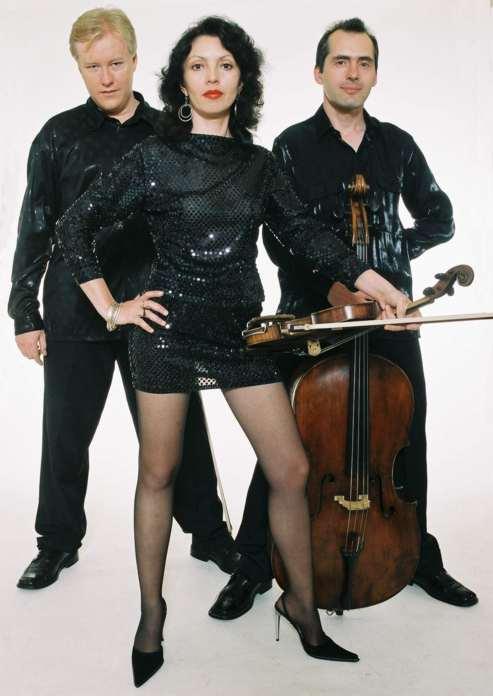 Kerimov Trio Nov 03 med.jpg