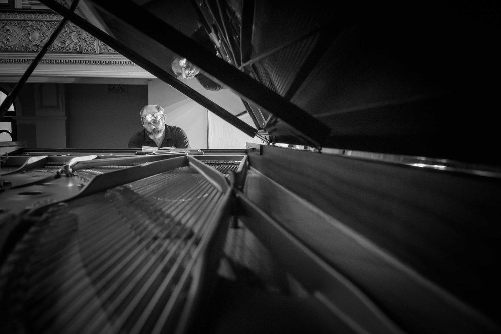 Piano B&W-6594.jpg