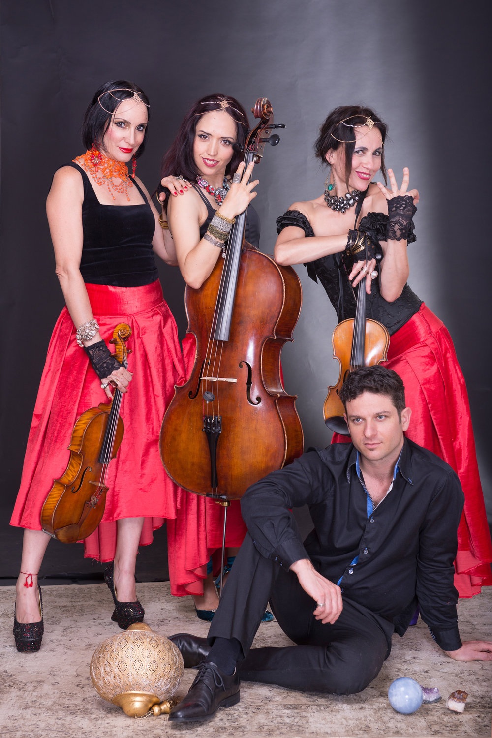 Tues 10 Oct  GYPSY STRINGS