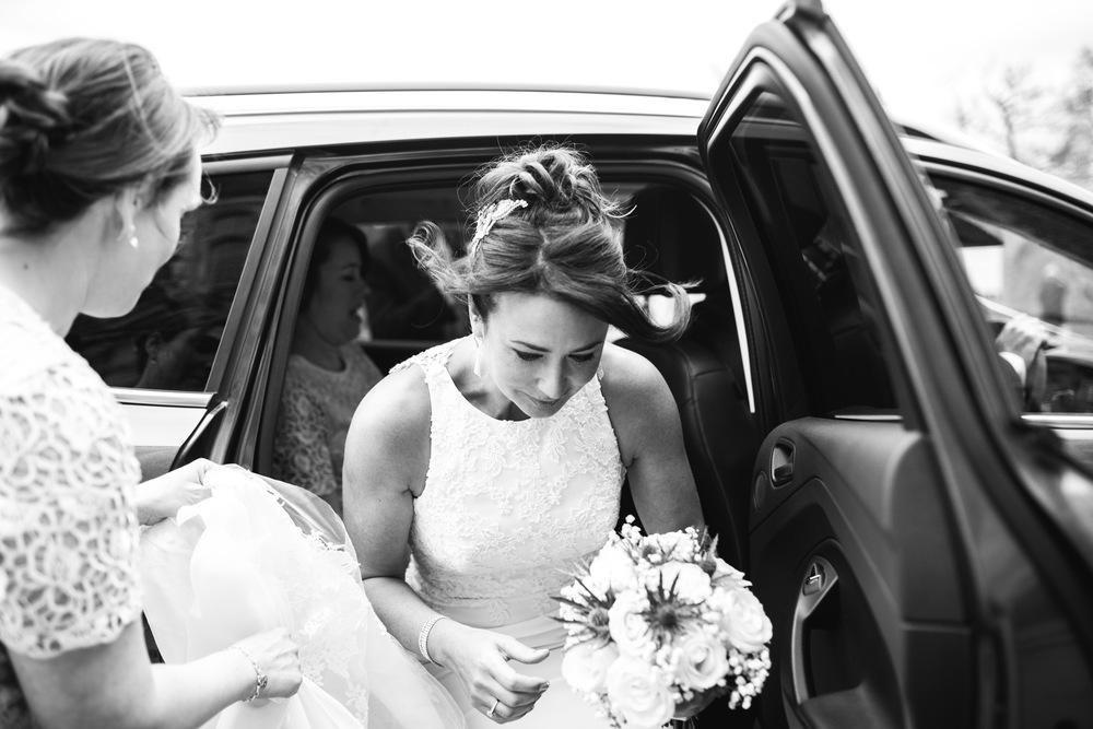 09-lucy james loseley park wedding photography laura mott-008.jpg