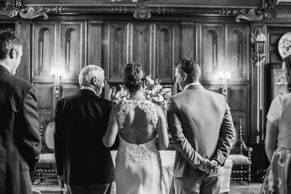 13-lucy james loseley park wedding photography laura mott-012.jpg