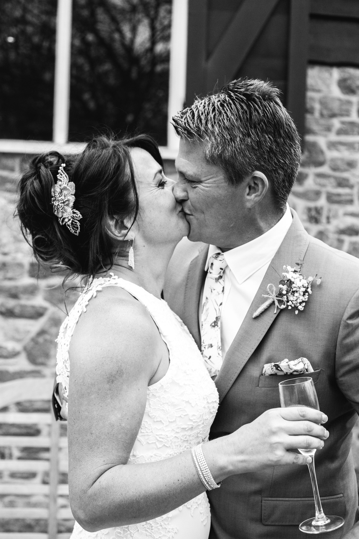 39-lucy james loseley park wedding photography laura mott-038.jpg