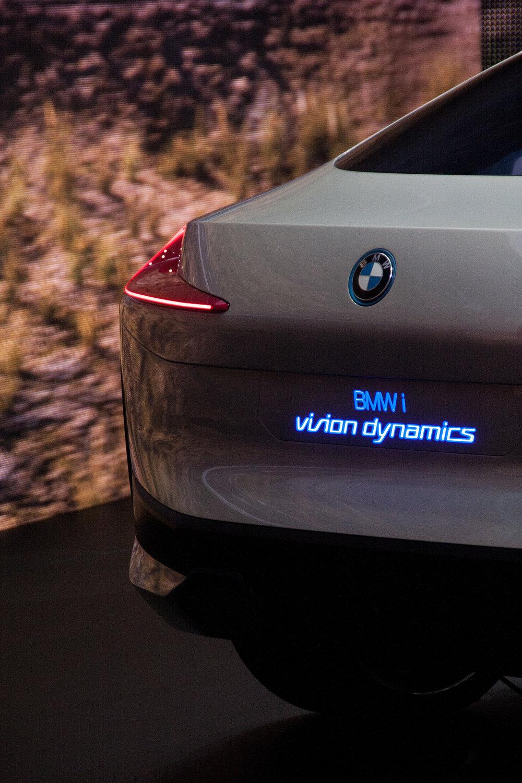 BMW_iVisionDynamics_Rear2.jpg
