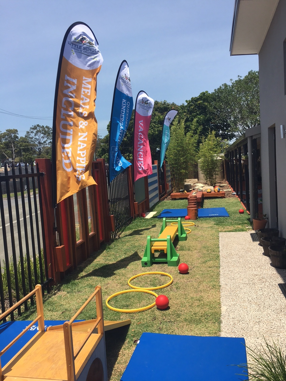 Little Scholars Ashmore has the latest in state-of the art play facilities and modern educational resources