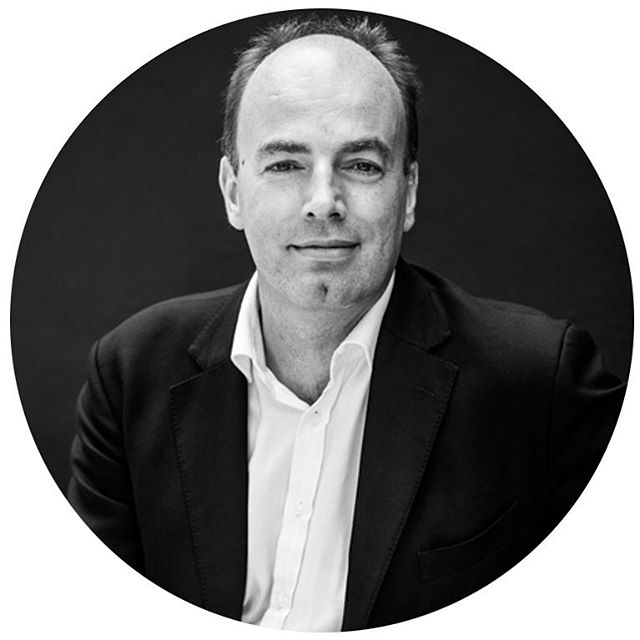 Joining us tomorrow, Fri 18 May 6.30pm - 8.30pm for V&A Future Series: Food is Charles Spence, neuroscientist and founder of the Crossmodal Research Laboratory at Oxford University. Explore the future of sonic seasoning, smart dining and the world's first Gastrophysics Plateware range.  @crossmodalism @vamuseum #futureseries [Link In Bio]  #design#futures#criticaldesign#speculative#futureartandculture#thefuturestartshere#london#talks#innovation#disruptors#creativity#thefutureoffood#foodies#fooddesign#food#myvam#ThingsToDoinLondon#speculativedesign#conceptualdesign#designfiction#futurism#designfutures#radicaldesign#interrogativedesign#designfordebate#futurescaping#inspiration#newmaterialism#anotherfuture