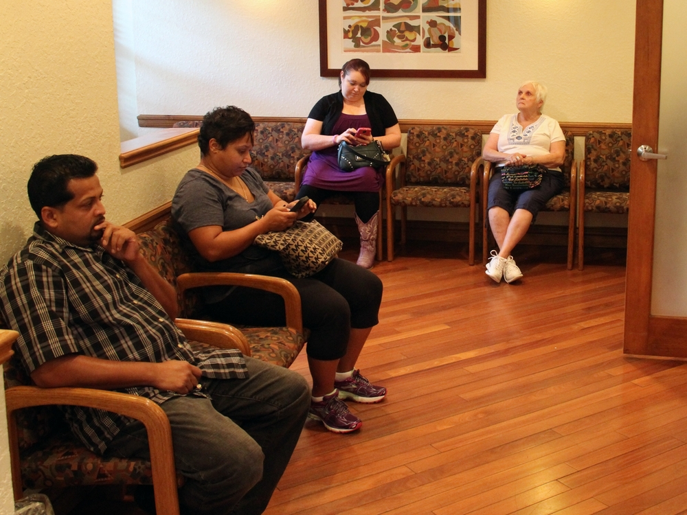 markson chiropractic office waiting room.jpg