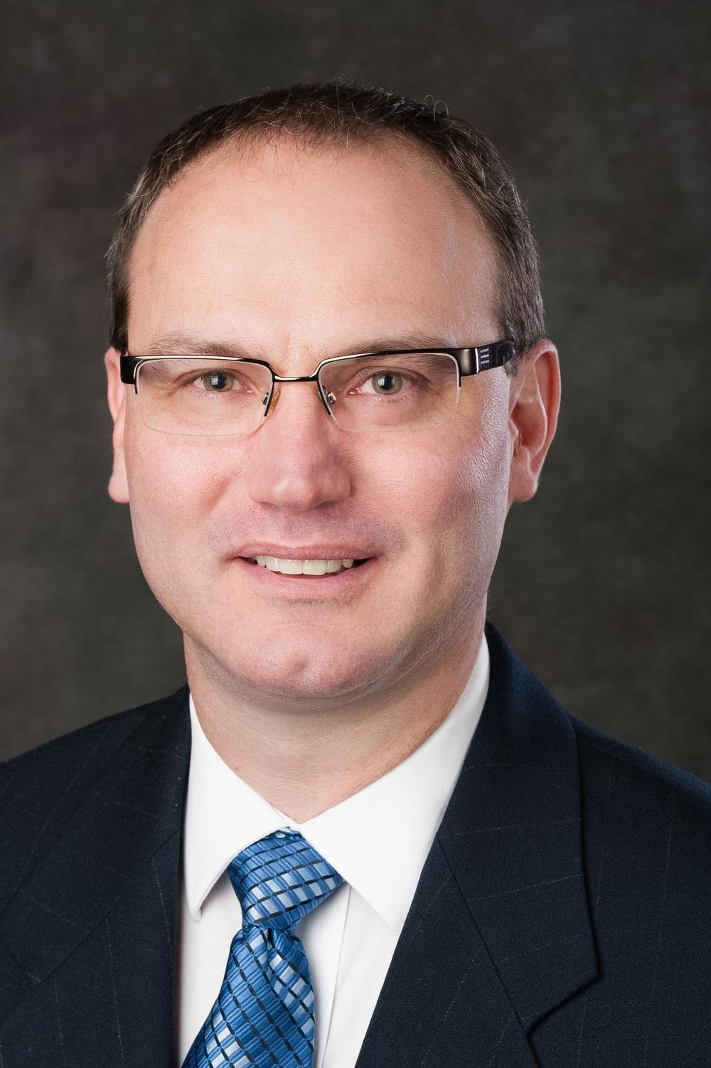 Dr. Eric Bouchard